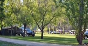 Murraybank Caravan Park Mathoura - grassy camping caravan site